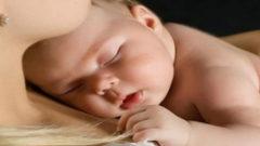 Bebek Nasıl Emzirilir ?
