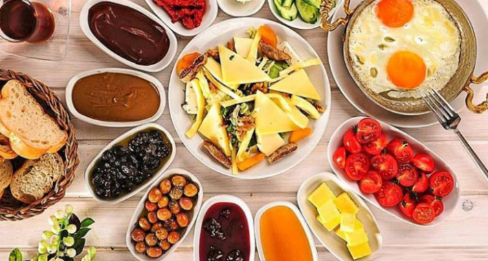 Sağlıklı Bir Kahvaltı Nasıl Olmalı
